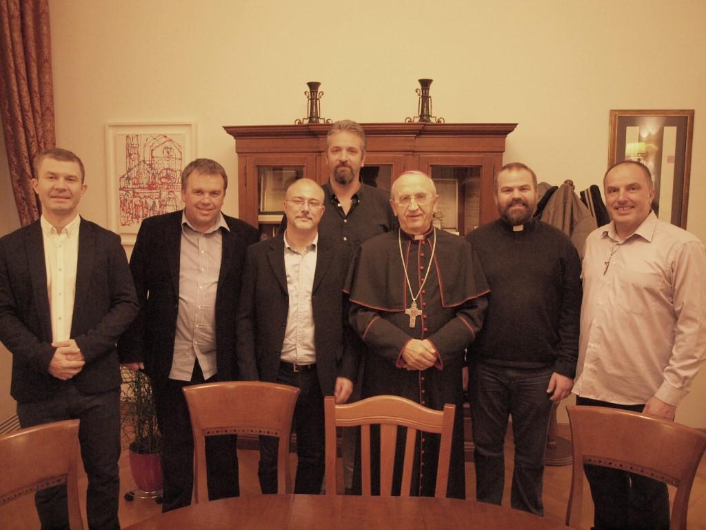 Rezultat slika za Susret zadarskog nadbiskupa i koordinatora 'Obnove u Duhu Svetom' za Hrvatsku