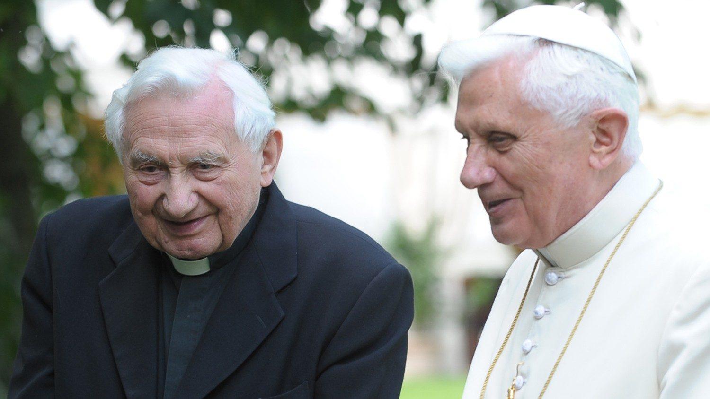 Umro Georg Ratzinger - IKA