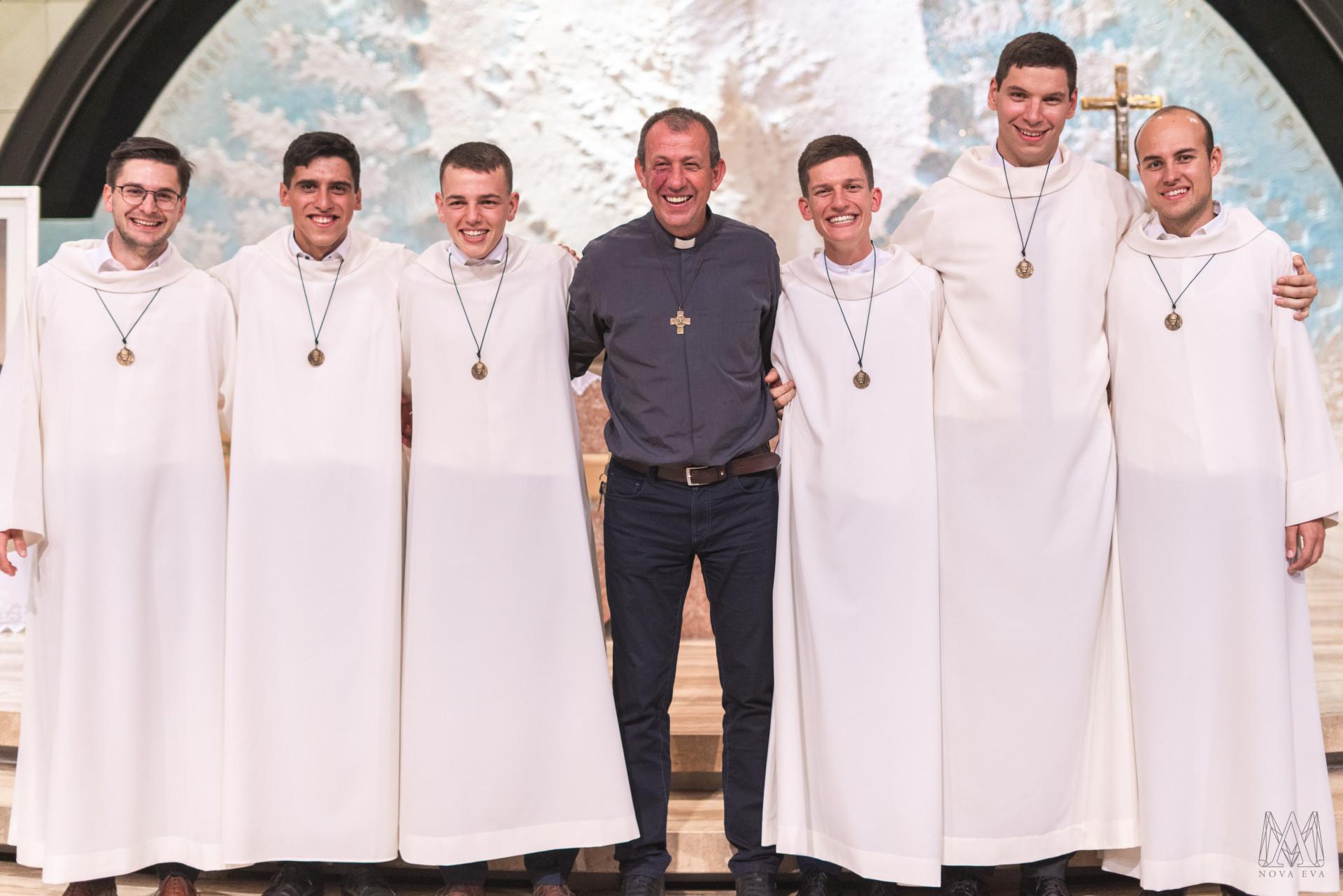 Prvi redovnički zavjeti šestorice novih salezijanaca - IKA